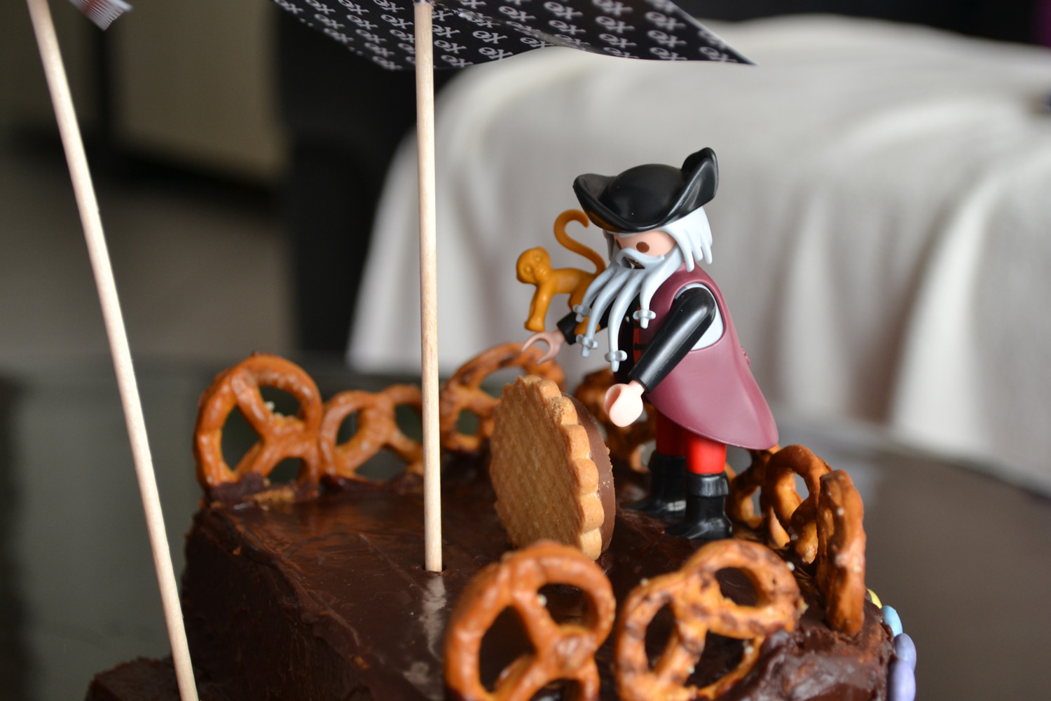 playmobil sur gateau pirate