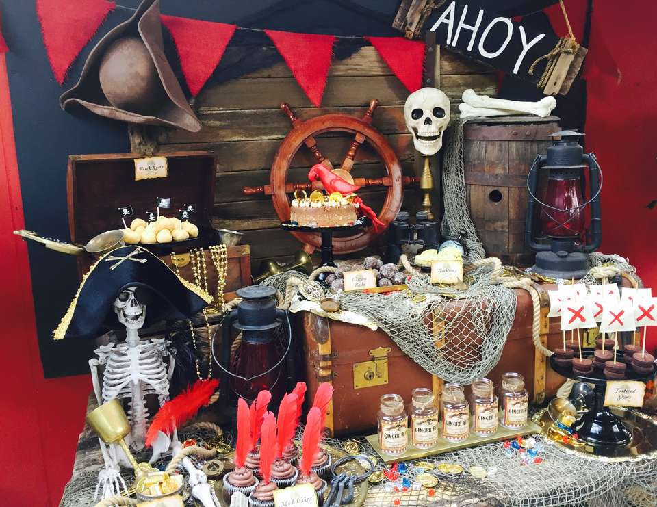 Agreable Déco De Table Anniversaire Pirate. 1  La Table Pirate Vraiment Complexante