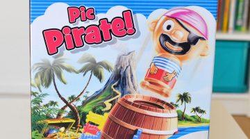 présentation de la boîte du jeu Pic Pirate de Tomy